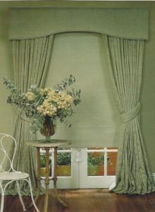 Pelmet ,drapes & bonded blind